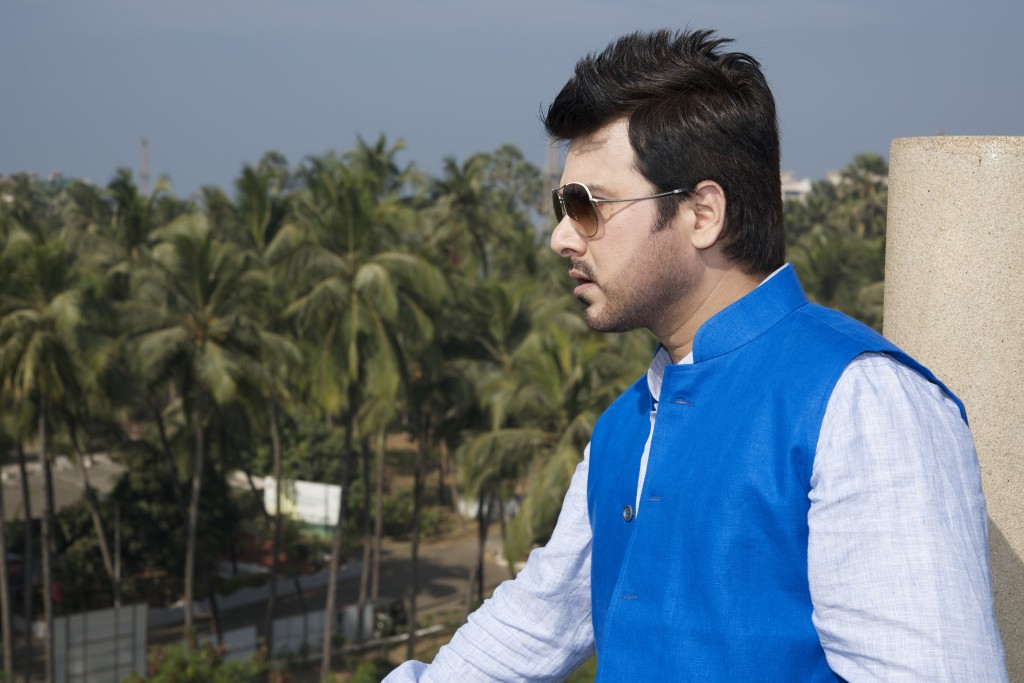 Neeli Shirt Kay Do Button - India